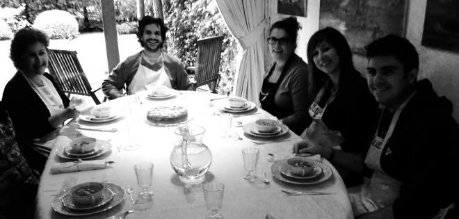 ¡todos a la mesa!. abril 2014